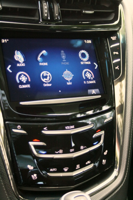 Cadillac CTS Test Drive Control Displayplay
