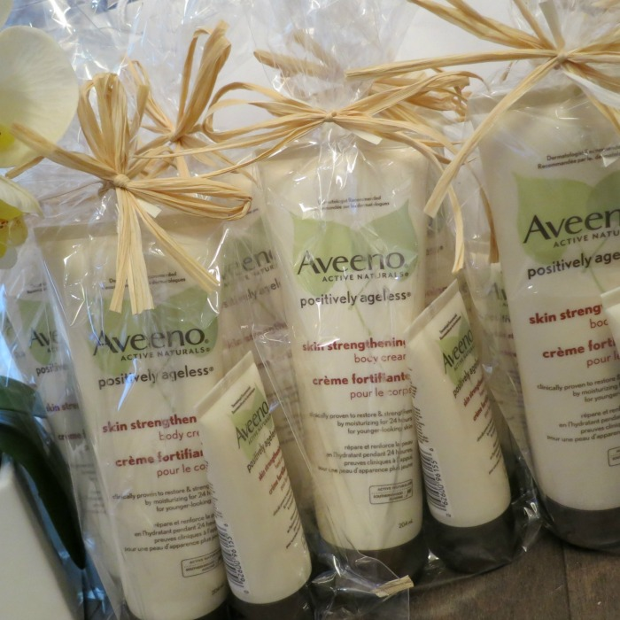 Aveeno Gift Packs // Elaine Loves