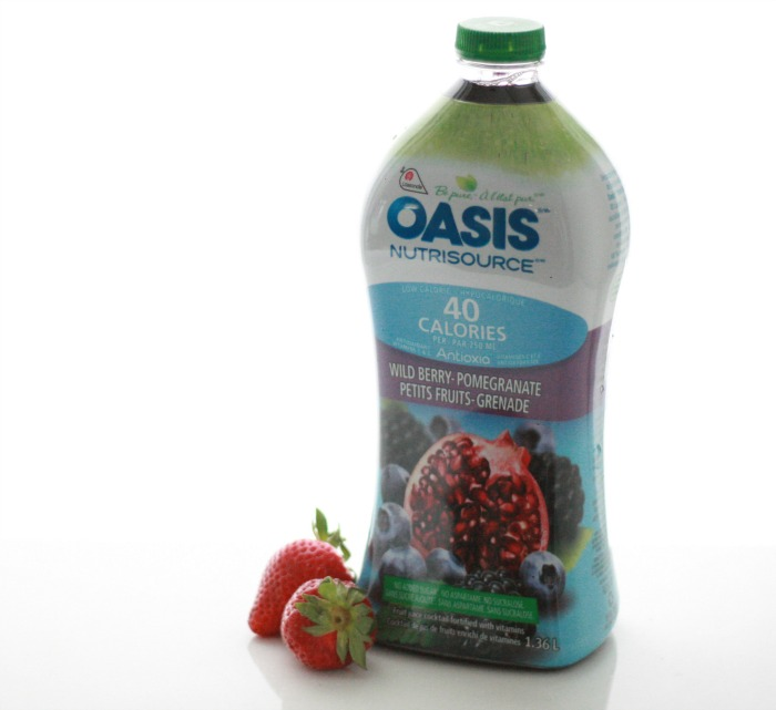 Oasis Nutrisource Wild Berry Pomegranate Smoothie Recipe // Elaine Loves