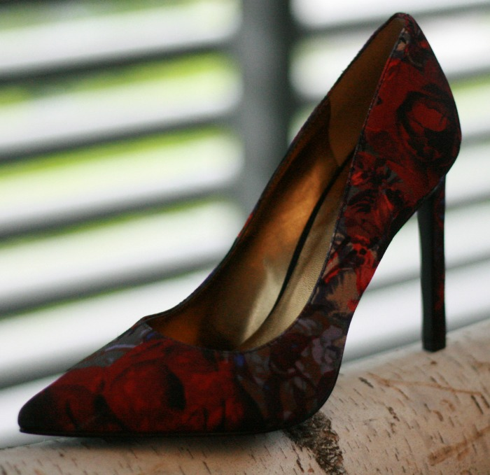 Fall Trends 2015 Floral Print Shoe // Elaine Loves