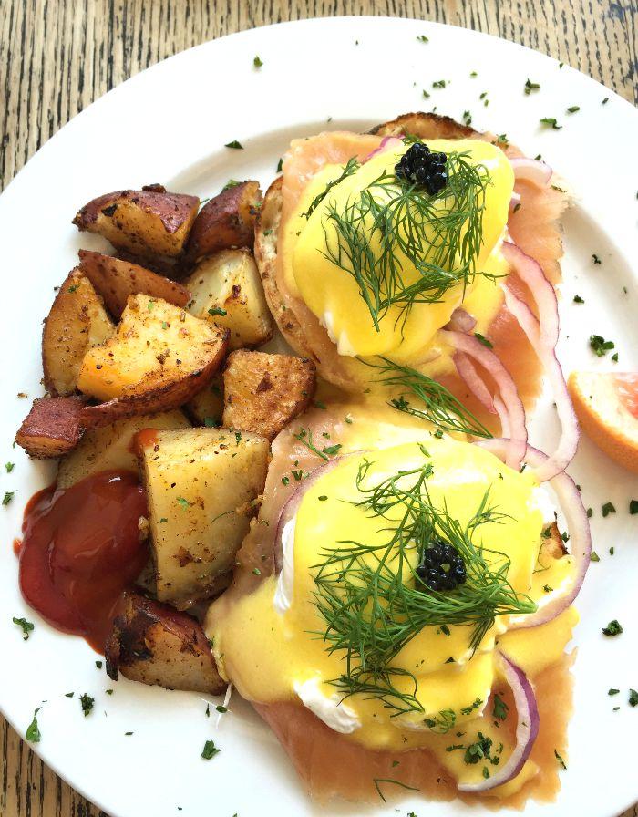 Easy Restaurant Toronto // Elaine Loves