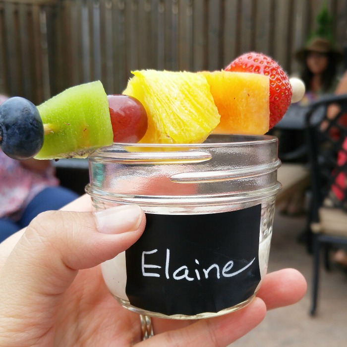 Simple Summer Entertaining Ideas // ElaineLoves